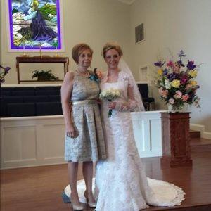 Oleg Cassini Dresses - oleg cassini wedding dress size 8